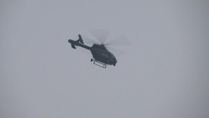 Politie zet helikopter in bij zoekactie naar overvaller