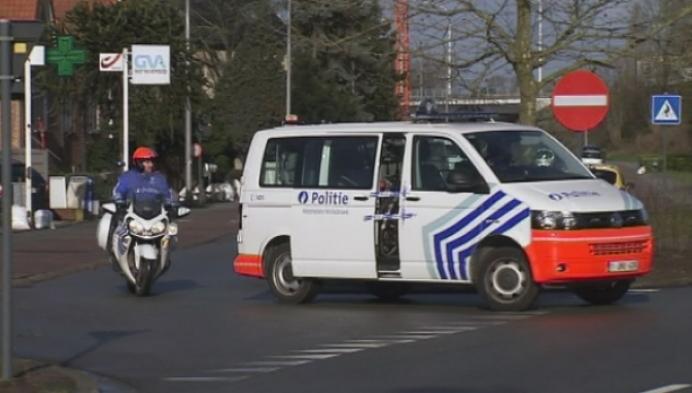 Twee inbrekers gevat dankzij politieheli en speurhond in Mechelen