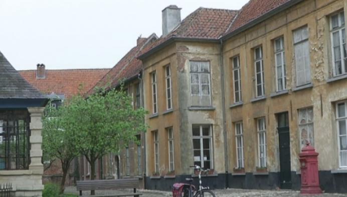 Bod op 3 van de 4 begijnhofhuisjes in Lier