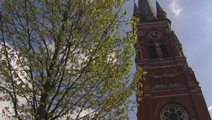 Toch een referendum in de maak over hekwerk kerk Arendonk?