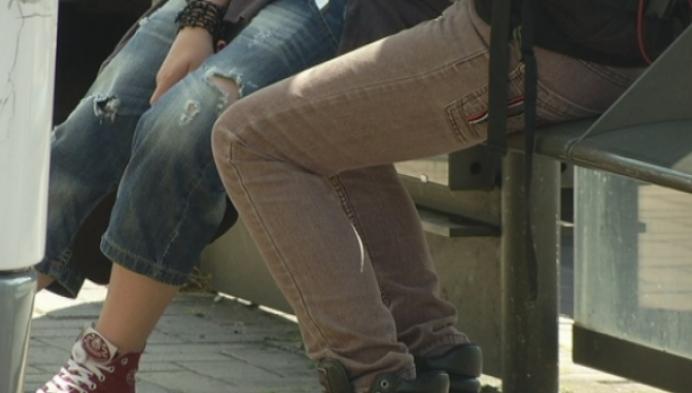 15-jarige jongen krijgt klappen voor sigaretten