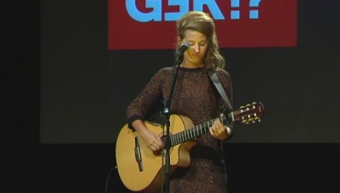 Selah Sue treedt op voor leerlingen van De Rozenberg in Mol