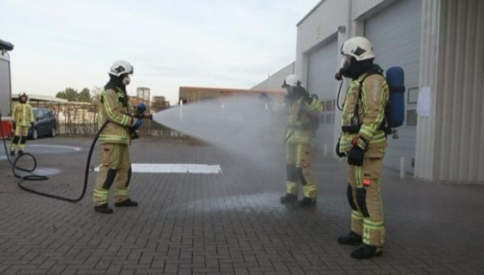 Brandweer krijgt nieuwe pakken