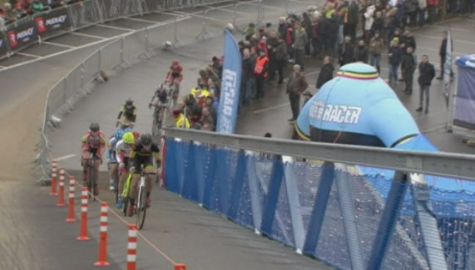BK: Sanne Cant wint voor achtste keer, van Loy derde