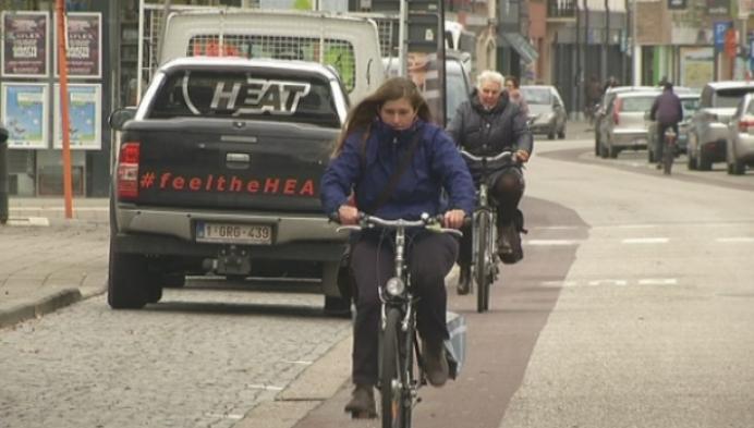 Moet Stationsstraat in Geel een fietsstraat worden?