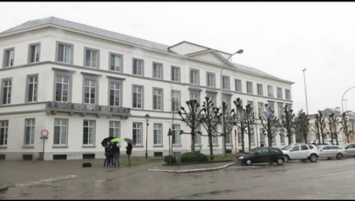 Historische vleugel Hof van Egmont steekt in het nieuw