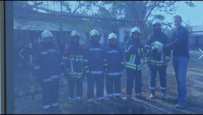 Ex-brandweerman geeft opleidingen in Nepal
