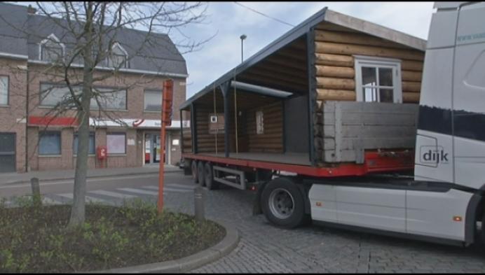 Café Onder Den Toren verhuist naar blokhut