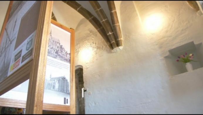 Geelse Sint-Dimpnakerk stelt geheime torenkamer open