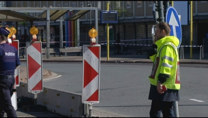 Mechels Stationsplein afgesloten door verdachte koffer