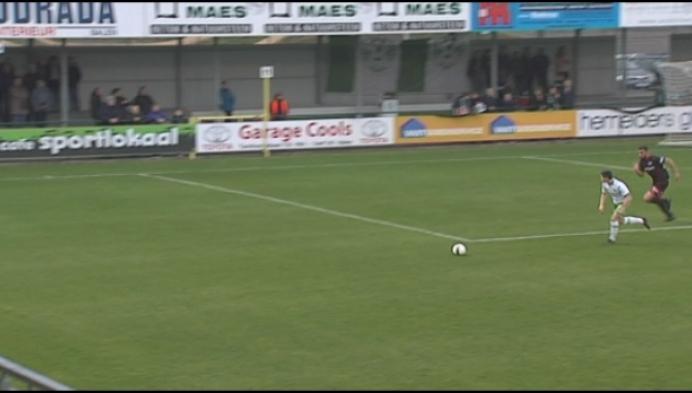 Dessel wint van Heist met 4-0 en pakt 18 op 18