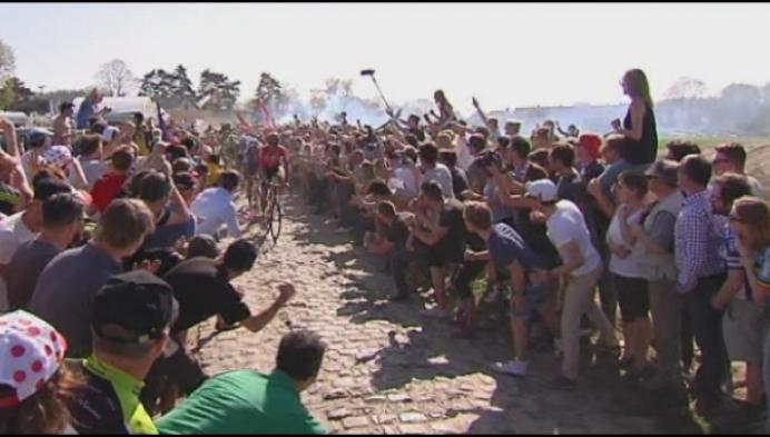 Tom Boonen pakt geen vijfde kassei, Greg Van Avermaet wint Parijs-Roubaix.