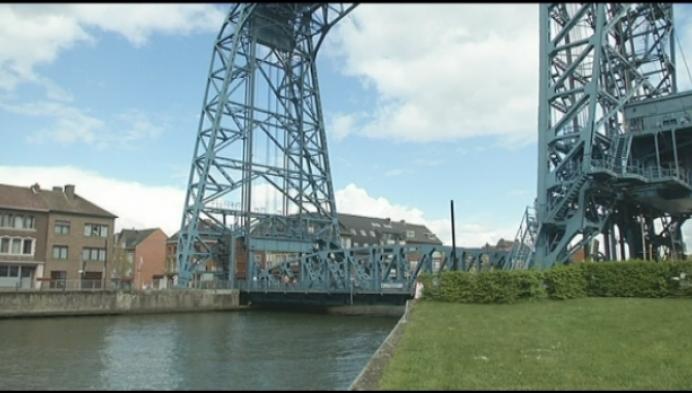 Wat is er aan de hand met de brug van Willebroek?