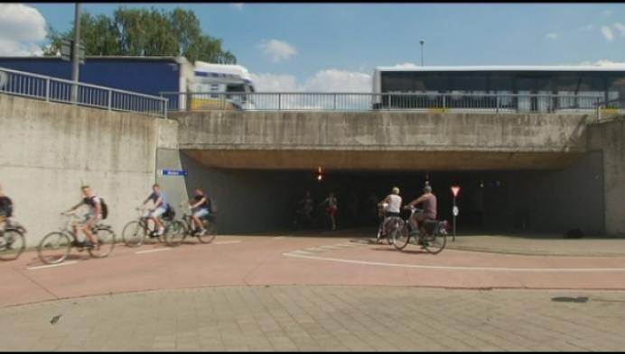 Gevaarlijk rijgedrag in Molse fietstunnel