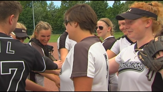 Softball: Afterbuners winnen tegen Spartans