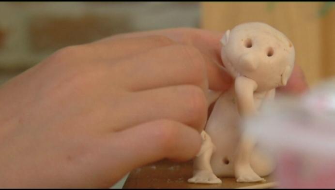 Ruhne maakt popjes voor Kinderkankerfonds