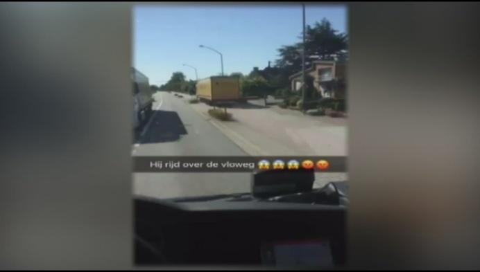 Vrachtwagen rijdt kilometers over fietspad