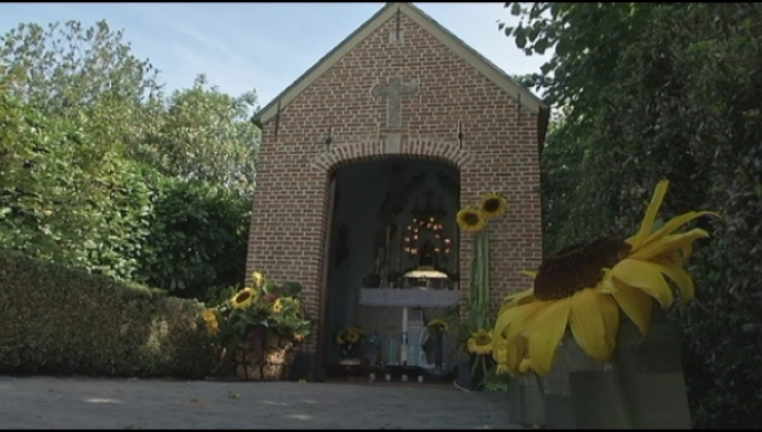 Langeheuvel viert 200 jaar kapelletje