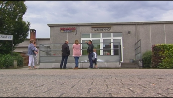 Parochiezaal Minderhout heet voortaan 't Markenhof