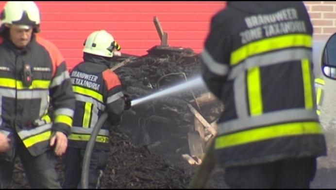 Zware brand in landbouwloods in Rijkevorsel