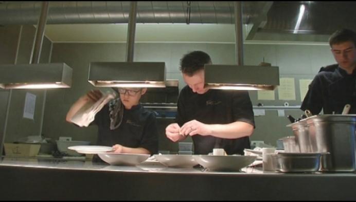 Centpourcent kookt voor kansarmen op Mercado