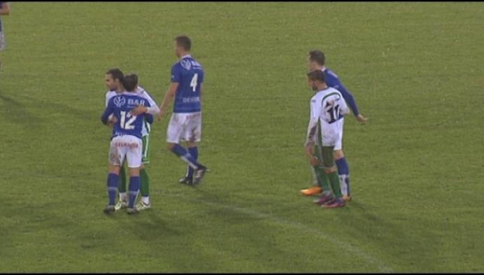Geel wint de derby tegen Dessel met 2-0