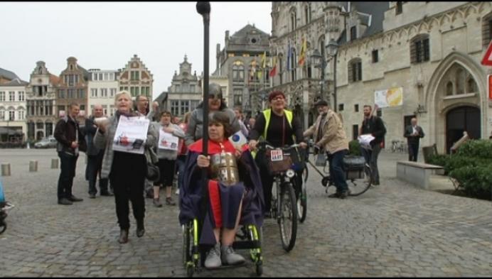 """""""Betaalbare gezondheidszorg prioriteit in strijd tegen armoede"""""""