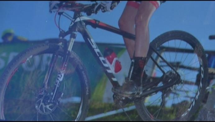 Dieven stelen voor ruim 4500 euro aan fietsen