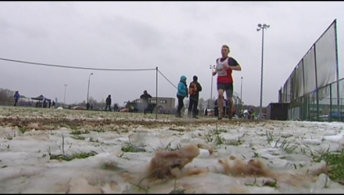 Sneeuw deert veldlopers niet tijdens veldloop in Booischot
