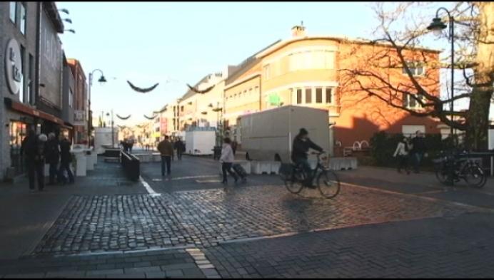 Klinkers in Heistse Bergstraat maken plaats voor asfaltlaag