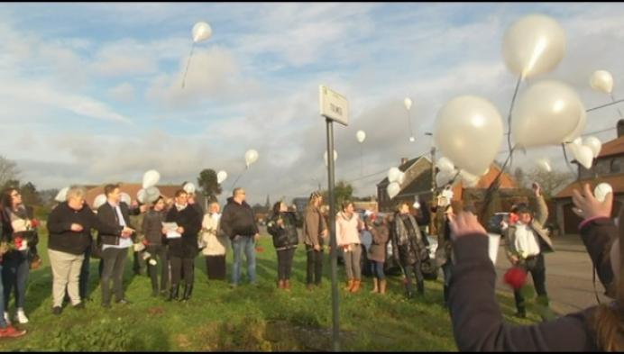 Familie en vrienden herdenken slachtoffers ongeval Booischotseweg