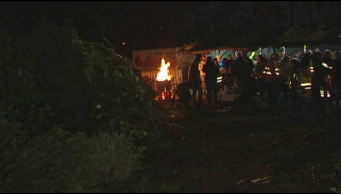 Kerstboomverbranding sluit eindejaarsfeesten af