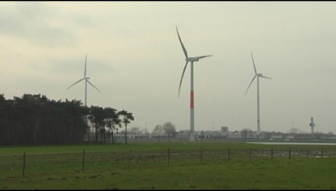 Mathijs Wuyts uit Beerzel wint slotmanche De Moedige Veldrijder