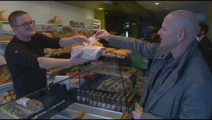 Nijlense broodjeszaak aanvaardt Belgische franken