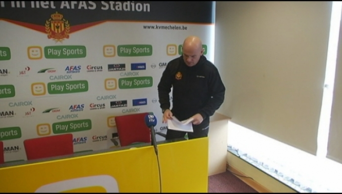 """Van Wijk: """"Kolkend stadion moet ons vleugels geven"""""""