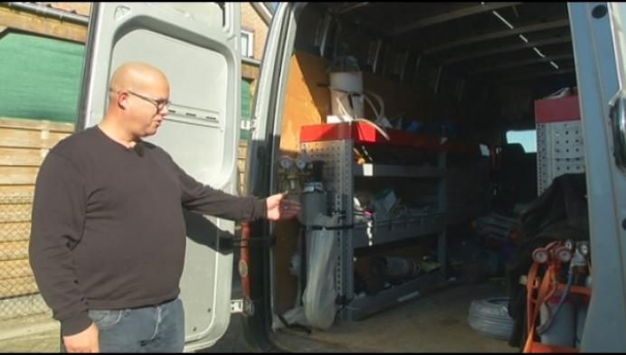 Duizenden euro's aan werkmateriaal uit bestelwagen gestolen