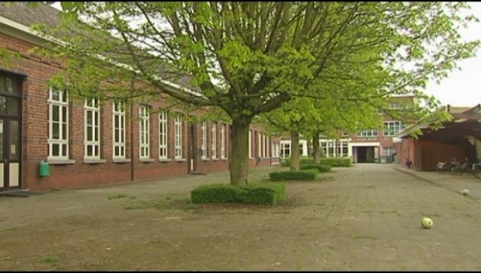 Schoolgebouw Kongoplein wordt binnenkort verkocht