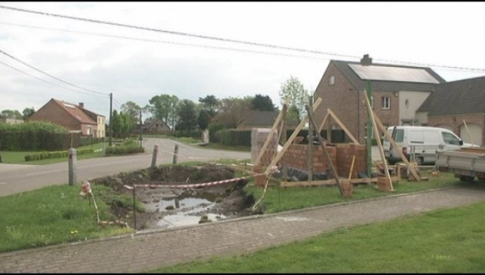 Opbouw nieuwe kapel aan Rauwelkoven is gestart