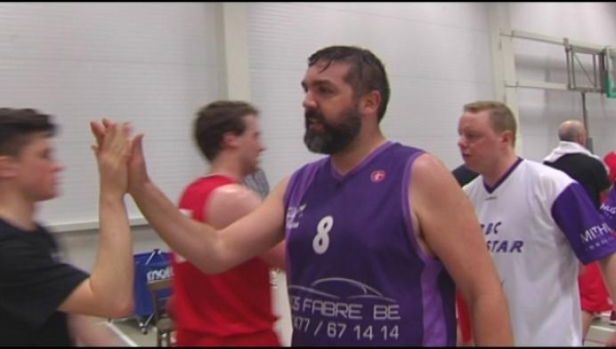 Basketclub Telstar neemt afscheid van 40-jarige clublegende Geert Van Eyken