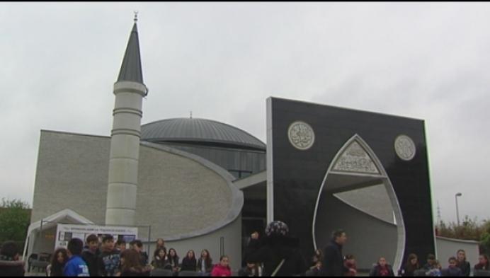 Lierenaars mogen voor het eerst binnenkijken in moskee