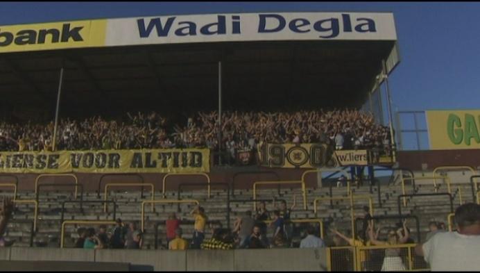 Lierse supporters zorgen voor kolkende sfeer in leeg stadion