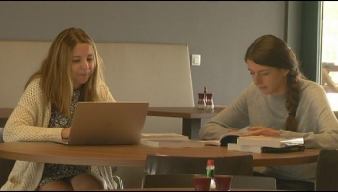 Intracto zet bedrijfsdeuren open voor studenten
