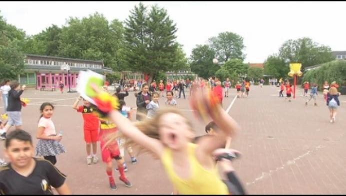 Ook basisschool Kiliaan in Duffel kleurt zwart-geel-rood