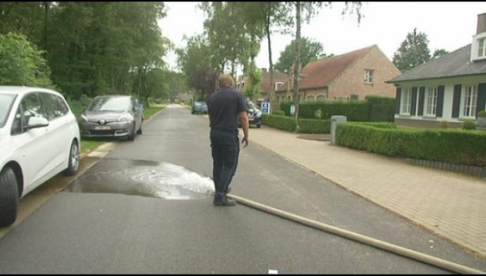 Brandweer test mogelijke wateroverlast in Herentals