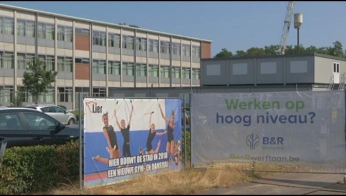 Bouw van nieuwe school zorgt voor verkeersomleiding