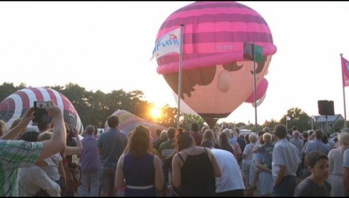 Spektakel tijdens ballonmeeting in Olen