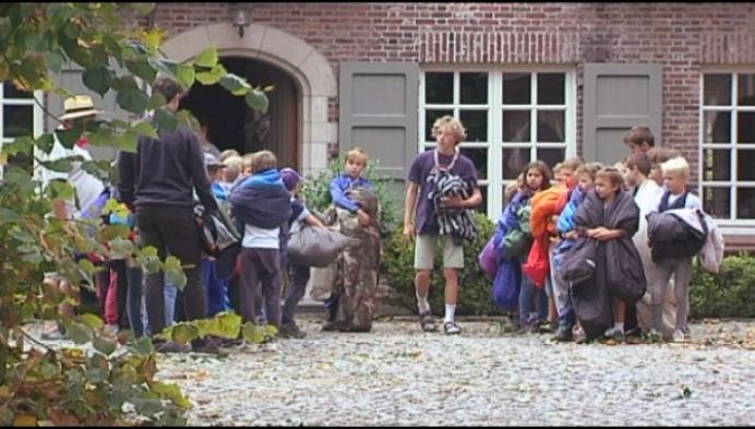 110 scoutsleden overnachten bij Zammelse boer door noodweer