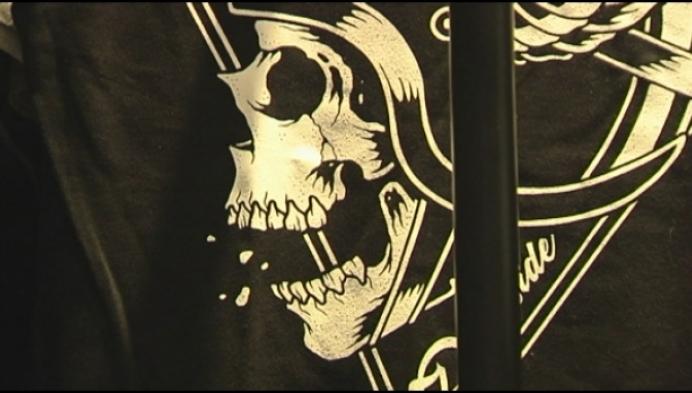 Metalona verkoopt kledij voor de metal-head