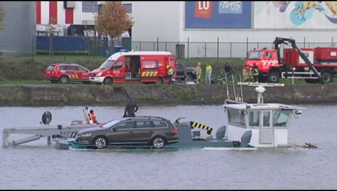 Schip zinkt na frontale aanvaring op Albertkanaal