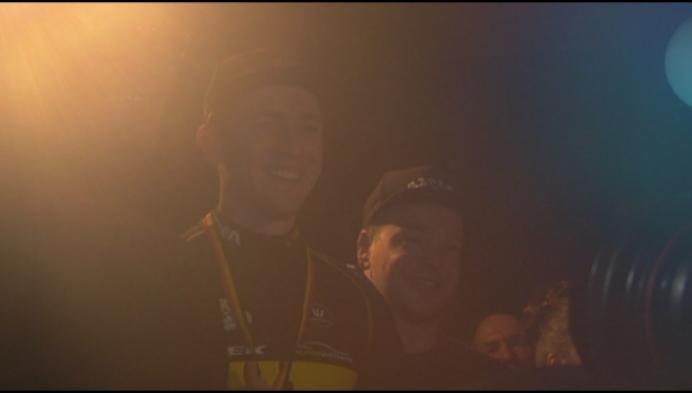 Honderden fans vieren titel van Toon Aerts